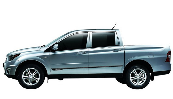 SsangYong Actyon Sports получит бензомотор