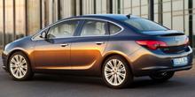 Фото Opel Astra J в кузове седан