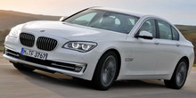 Обновлённый седан BMW 7-й серии